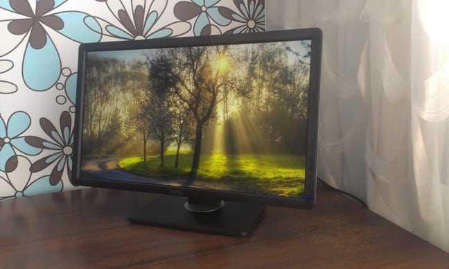 Фото Dell UltraSharp U2212HM