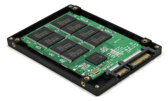 Твердотельный накопитель SSD.