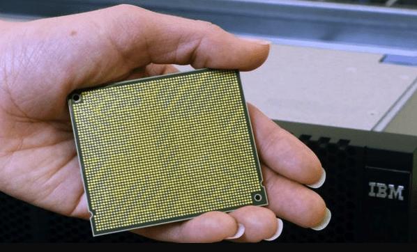 Процессор IBM Power8, подверженный атакам через Meltdown и Spectre.